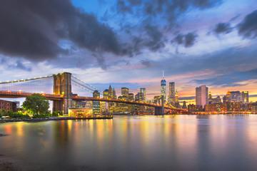 Fotobehang New York Lower Manhattan Skyline and Brooklyn Bridge