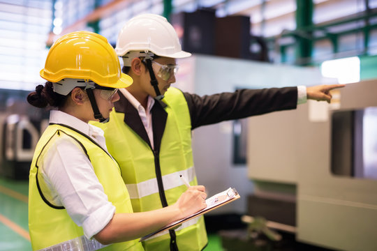 Factory audit by manager and inspector