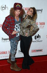 Carrot Top, Shania Twain at arrivals for Shania Twain Let's Go! The Las Vegas Residency