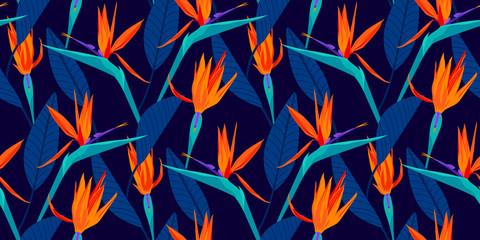 Oiseau de paradis motif floral tropical sans couture avec des couleurs de mode tendances. Couleur Pantone de l& 39 année 2020, lave luxuriante, aqua menthe et bleu fantôme