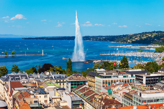 Water jet fountain in Geneva