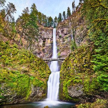 Multnomah Falls in the Columbia River Gorge, USA