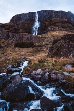 Kleiner Wasserfall Island