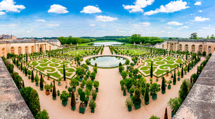 Fotobehang Parijs Versailles formal garden outside Paris, France