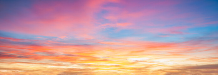 Colorful cloudy sky at sunset background Fotobehang