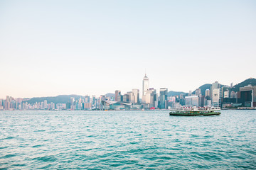 Fototapete - 30 nov 2019 - Hong Kong: Iconic daytime view of victoria harbour, Hong Kong
