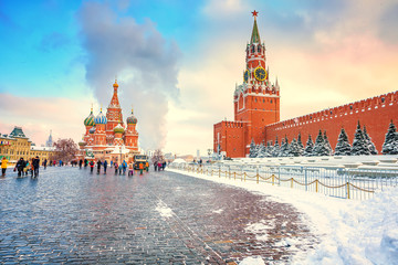 Foto op Aluminium Moskou View on red square and kremlin in Moscow at winter snowy day, Russia