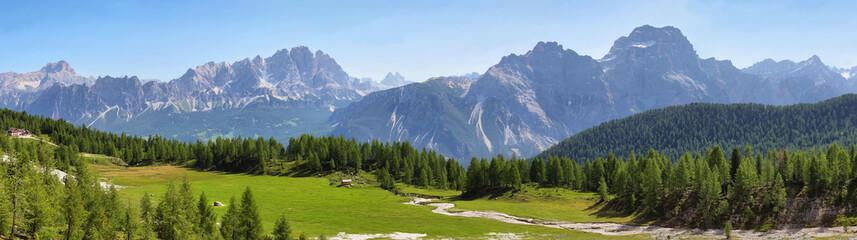 Papiers peints Bleu ciel Distant massif of Croda di Lago, Dolomites, Italy