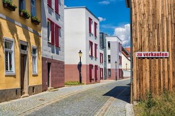 Fotomurales - naumburg, deutschland - stadtbild mit schild und aufschrift - zu verkaufen