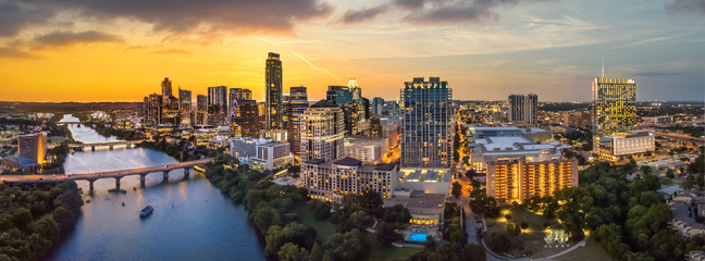 Fototapete - Austin Texas skyline with sunset