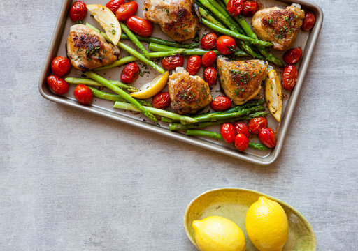 Chicken, asparagus and roasted tomatoes
