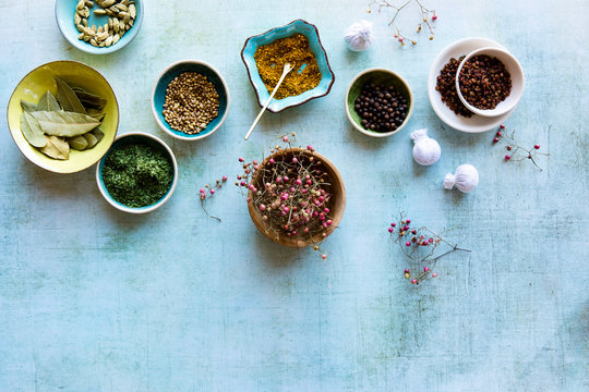 Culinary spices, bouquet garni herbs, and dried herbs