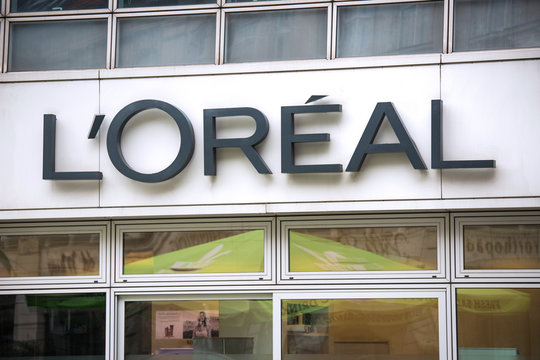 berlin, brandenburg/germany - 15 03 19: L'Oréal shop in berlin germany
