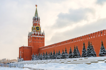 Fototapete - Moscow Kremlin in winter, Russia. It is famous tourist attraction of Moscow.