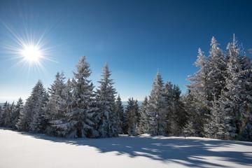 Printed kitchen splashbacks Light blue Mesmerizing winter landscape with a snowy slope