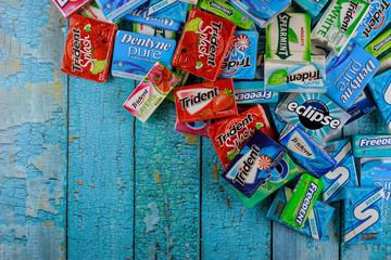Various brand chewing gum brands Orbit, Extra, Eclipse, Freedent, Wrigley, Spearmint, Trident, Stride lot of chewing gum packages