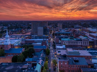 Downtown area in dramatic sunset, aerial view of Lancaster, Pennsylvania Fototapete