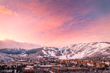 Tuinposter Lavendel Winter sunrise above Park City, Utah, USA.