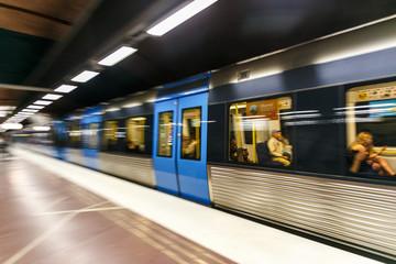 Türaufkleber Stockholm STOCKHOLM, SWEDEN - 22nd of May, 2014.Blurred view of a train at a subway station, Stockholm, Sweden