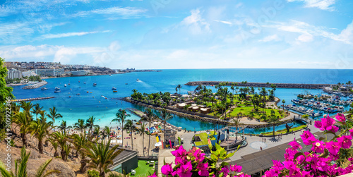 Wall mural Landscape with Anfi beach and resort, Gran Canaria, Spain
