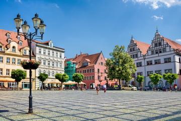 naumburg, deutschland - marktplatz in der historischen altstadt