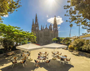 Wall Mural - Landscape with Cathedral San Juan Bautista in Arucas, Gran Canaria, Spain