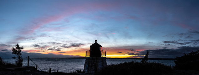 Wall Mural - sunset in newport rhode island at castle hill lighthouse