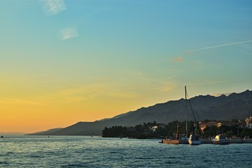 Poster Voile Croatia-view of a the harbor in town Starigrad at sunset
