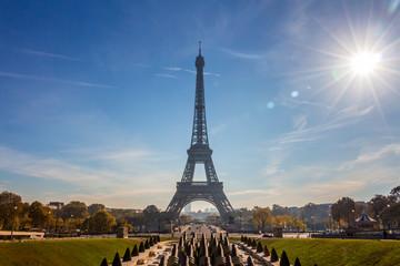 Foto auf Gartenposter Paris Vista de la Torre Eiffel en París, capital de Francia