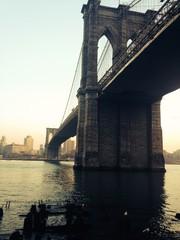 Spoed Fotobehang Brooklyn Bridge brooklyn bridge over the river