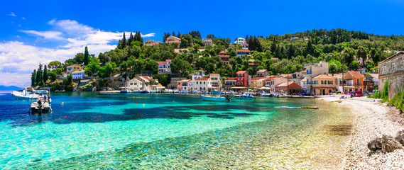 Authentic tranquil Paxos island. Loggos fishing village. Ionian islands of Greece Fototapete