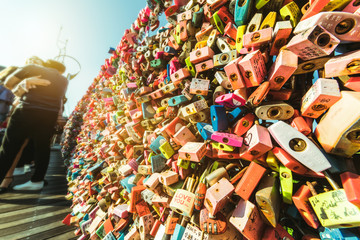 Photo sur cadre textile Seoul The love of Chains in Namsan Tower, Seoul, South Korea