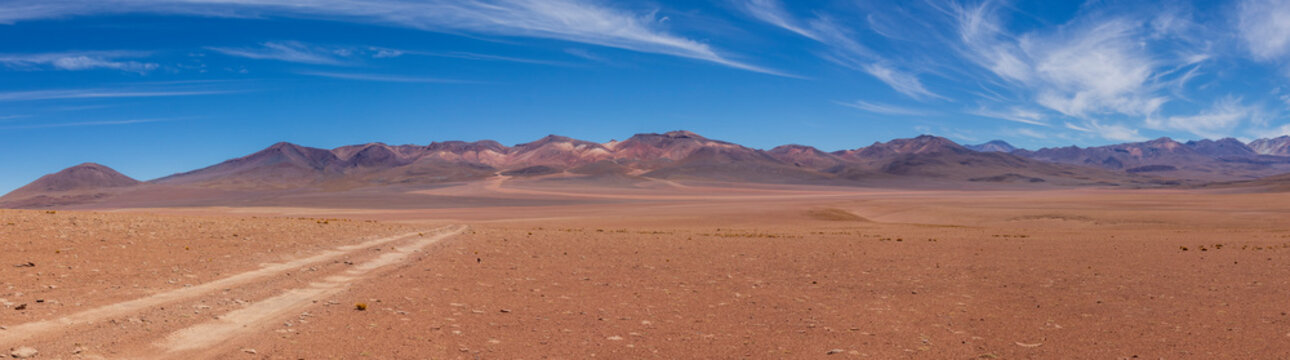 Panoramic view of a track on the altiplano in Bolivia