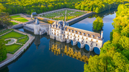 Chateau de Chenonceau is a french castle spanning the River Cher near Chenonceaux village, Loire valley in France Fotomurales