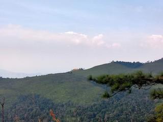 Spoed Foto op Canvas Khaki Beautiful mountain peaks scenery landscape