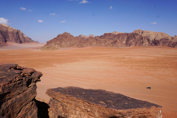 Keuken foto achterwand Zalm Desert landscape in Wadi Rum, Jordan. Middle East picturesque bare mountain ridge and big sand valley desert scenery landscape travel photography