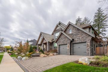 Fototapeta Houses in suburb in the north America. obraz