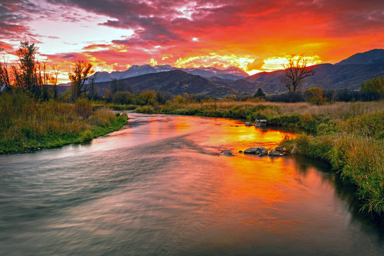Golden sunset at the Provo River, Midway, Utah, USA.