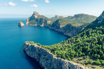 Fototapeten Küste The beautiful coast shore of the island Mallorca in spain with the famous spot 'Mirador es Colomer'