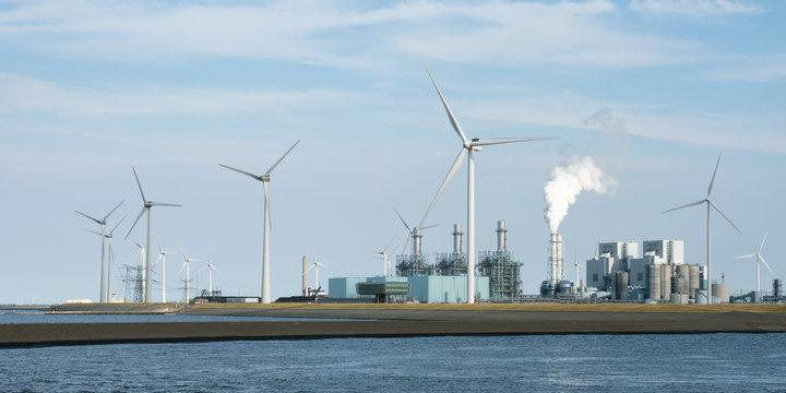 Energiewirtschaft - Großkraftwerk - Gaskraftwerk - Wasserstoffproduktion