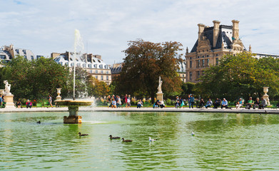 Octagonal basin of Jardin des Tuileries in Paris