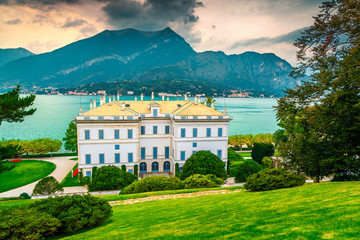 Wall Mural - Fantastic ornamental garden with villa Melzi in Bellagio, Italy, Europe