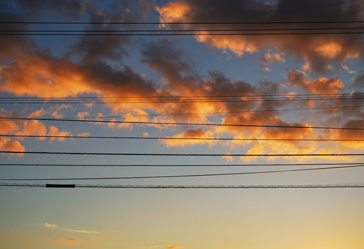 夕暮れ 電線 素材
