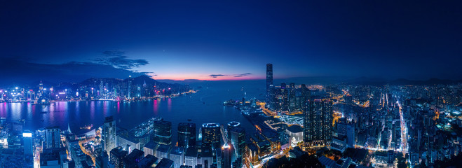 Fotomurales - Amazing cityscape night view of Victoria Harbour, Hong Kong