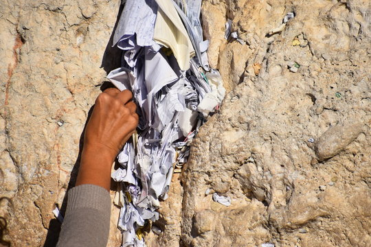 Kotel, placing notes in the Western Wall, Wailing wall