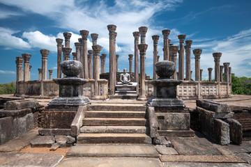 Ruins of the historical city of Polonnaruwa, Sri Lanka Fototapete