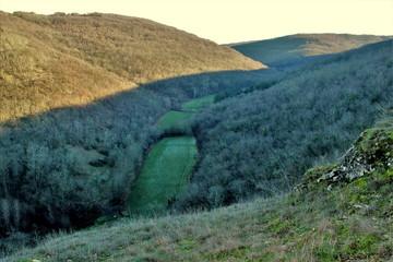 Papiers peints Bleu vert Panorama autour de Chasteaux (Corrèze)