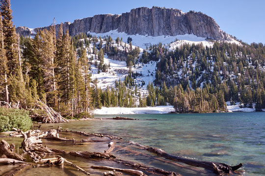 View of Mammoth Lakes and mountians of the Sierra Nevada, California, USA