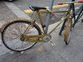 Foto op Plexiglas Fiets vintage bike parked