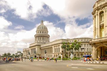 Keuken foto achterwand Havana Havana, Cuba. El Capitolio, or National Capitol Building (Capitolio Nacional de La Habana) is public edifice and one of the most visited sites in Havana, capital of Cuba.